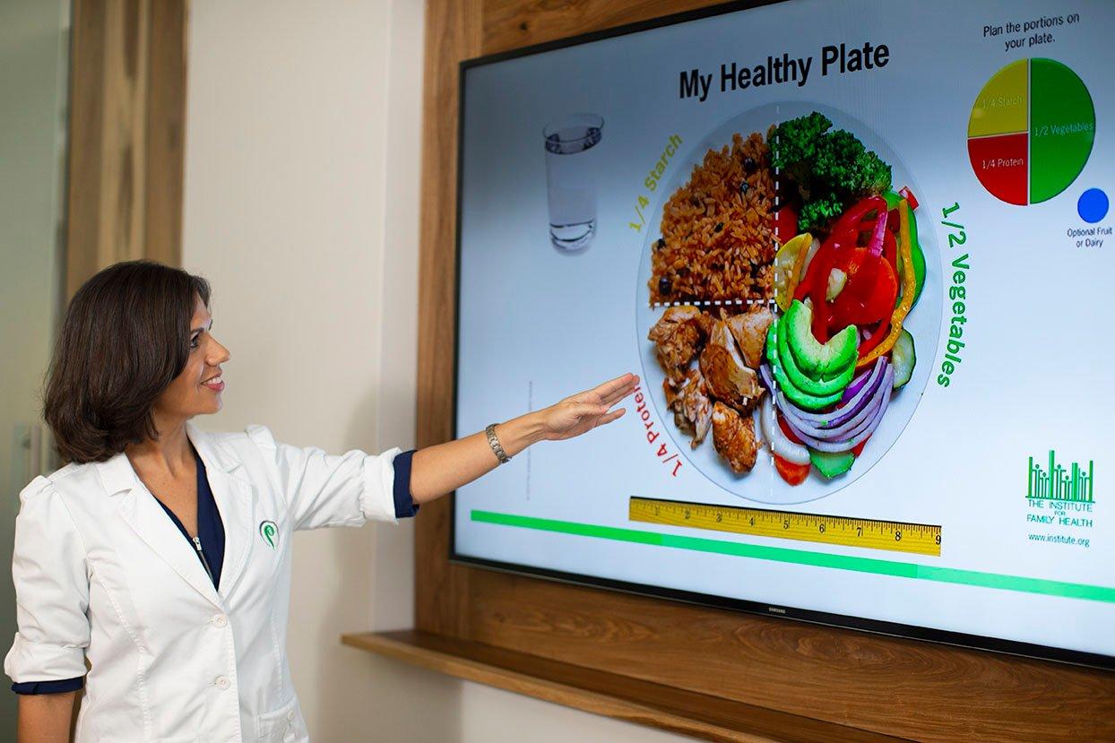 Leyda_nutritionist01